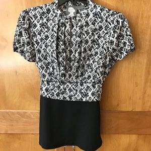 Anthro  Girls from Savoy Black & White Blouse SZ 4